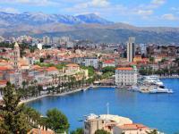 Das schöne Split ist die größte Stadt in Süd-Kroatien und gilt landläufig als Hauptstadt Dalmatiens