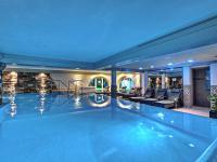 Königshof Hotel Resort Indoorpool / Bildquelle: Beide H-Hotels.com