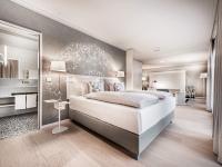 Im Rahmen des Umbaus wurden neben 131 Zimmern und Suiten auch das Restaurant, die Lobby & Bar sowie der Spa-Bereich kernsaniert und individuell gestaltet. / Bildquelle: Beide Steigenberger Hotels AG