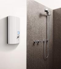 Maximalen Warmwasserkomfort bietet der vollelektronische AEG Durchlauferhitzer DDLE ÖKO ThermoDrive mit gleichbleibender Warmwasser-temperatur ? einstellbar in 0,5 Grad-Schritten ?, Leucht-Display (rot/blau) zum Schutz vor Verbrühung und Eco-Taste.