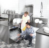 Hygieneschulung für die Untertischspülmaschine UC-S und Durchschubspülmaschine PT-M