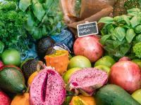 Alleine in Deutschland werfen die Menschen 313 kg Lebensmittel pro Sekunde in den Müll, den größten Anteil haben dabei Obst und Gemüse. / Bildquelle: Beide Transgourmet