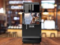 Diesen Sommer erwartet den Kaffeetrinker Abkühlung: Mit dem neuem Iced Coffee Module von Franke lässt sich das Getränkeangebot ganz einfach um gekühlte Kaffeegetränke erweitern. / Bildquelle: Franke Coffee Systems GmbH