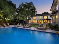 Pool und Außenansicht / Bildquelle: Beide AtholPlace House & Villa
