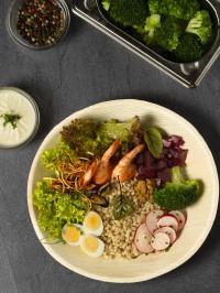 Rezept-Inspiration für Take-Away & Delivery: Sea Bowl mit Gerste von Michael Schneider