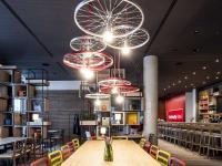 Das Innendesign des neu eröffneten IntercityHotel Hildesheim stammt von dem italienischen Architekten Matteo Thun // Bildquelle: Beide Steigenberger Hotels AG