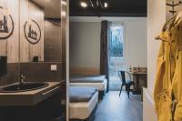 Die Zimmer sind mit einer Kochzeile ausgestattet. So können sich Langzeitgäste selbst versorgen.