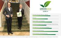 GreenSign Zertifizierung - Dr. Caroline von Kretschmann, GF und Katharina Joggerst, Sales & Marketing Managerin von Der Europäische Hof Heidelberg / Bildquelle: InfraCert GmbH
