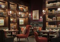 Rosewood London Scarfes Bar Current Affairs Corner / Bildquelle: Rosewood Hotels & Resorts