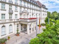 Eingangsbereich Parkhotel Quellenhof Aachen / Bildquelle: Parkhotel Quellenhof Aachen