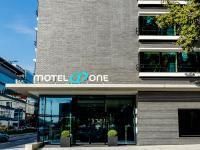 Motel One Stuttgart-Hauptbahnhof / Bildquelle: Beide Bilder Motel One