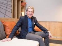 Beat Kuhn, Managing Director SV Hotel am Hospitality Summit mit Special Award ausgezeichnet / Bildquelle: SV Group