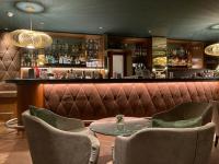 Die perfekt ausgeleuchtete Hotelbar im Hyperion Berlin / Bildquelle Hotelier.de Wolfgang Ahrens