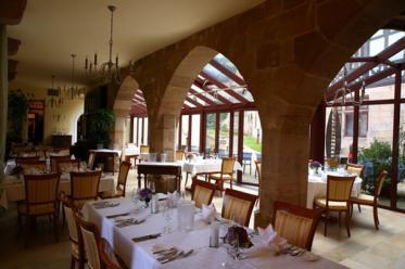 Schloss Hohenstein legt Restaurant Dittrichs und Schänke zusammen