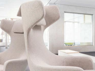 Möbelstoffe Hersteller Vescom präsentiert vielfältige Dessins und Strukturen