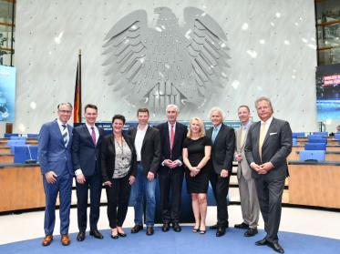 HGK feiert 'Raiffeisenjahr' mit guten Geschäftszahlen