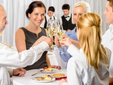 Betriebsveranstaltung steuerfrei mit Party Checkliste gestalten