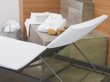 Wäschekrone-Charmeoffensive in Wellnessbereich und Gästebad