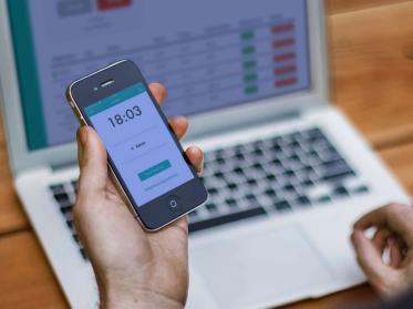 Papershift erweitert Stempeluhr-App um Mitarbeiter-Modus