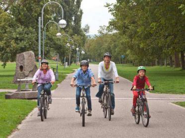 Wander- und Fahrradtour durch Karlsruhe