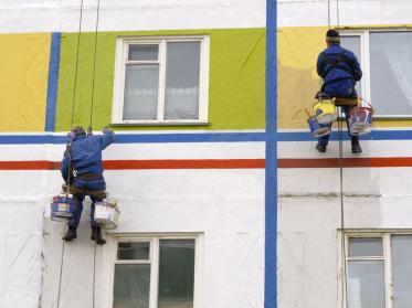 Außenanlagen und Fassade eines Hotels aufpeppen