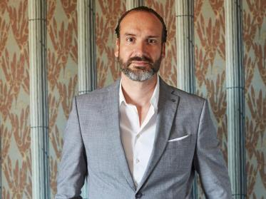 Lorenz Maurer wird Director of Operations by NinetyNine Hotels