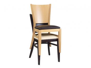 Bestuhlung in der Gastronomie: Stapelbare Holzstühle