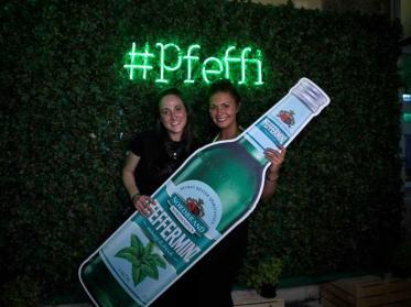 Erster Pfeffi Likör Pop-up Store in Berlin eröffnet