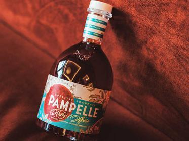 Erfrischende Sommerdrinks mit Pampelle & Schweppes Dry Tonic Water