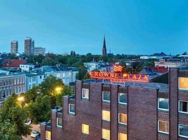 Crowne Plaza Hamburg-City Alster als erstes Flaggschiff-Hotel der Marke in Europa