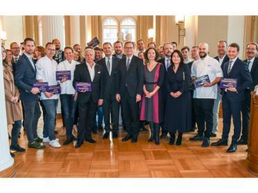 DEHOGA Berlin flagship Mitglieder ausgezeichnet