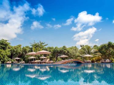 Blau machen a la Crusoe im Hideaway Beach Resort & Spa auf Dhonakulhi