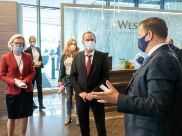 Munich Hotel Alliance stellt Hubert Aiwanger Maßnahmenkatalog vor