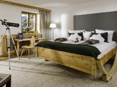 Im Schaukelbett für Erwachsene besser einschlafen