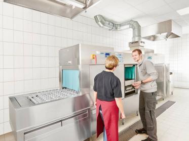 Hygienesicher Spülen im Gastgewerbe