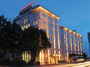 Art-Invest Real Estate erwirbt Leonardo Royal Berlin Alexanderplatz