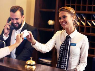 Die ideale Kleidung in Hotel und der Gastronomie