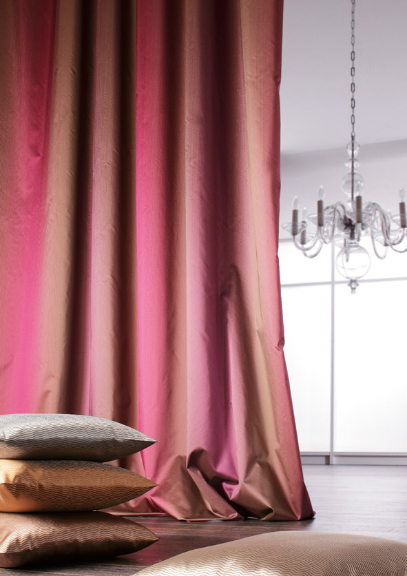 wohnen wohlf hlen mit stoffen mit ado goldkante. Black Bedroom Furniture Sets. Home Design Ideas