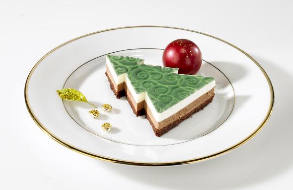 dessert weihnachtsbaum pflaumen zimtkuchen und grand cru. Black Bedroom Furniture Sets. Home Design Ideas