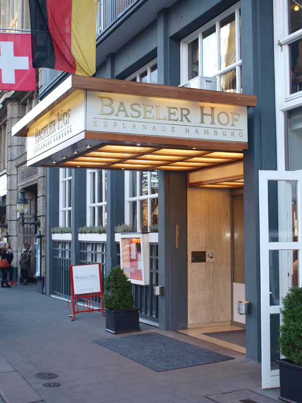 hotel baseler hof hamburg er ffnet neues palais esplanade. Black Bedroom Furniture Sets. Home Design Ideas