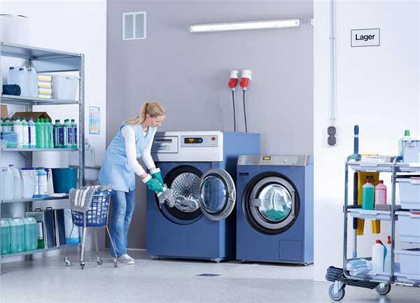 waschen ausr sten fertig neue miele maschinen 39 mopstar 39 auf der 39 cms 2013 39. Black Bedroom Furniture Sets. Home Design Ideas