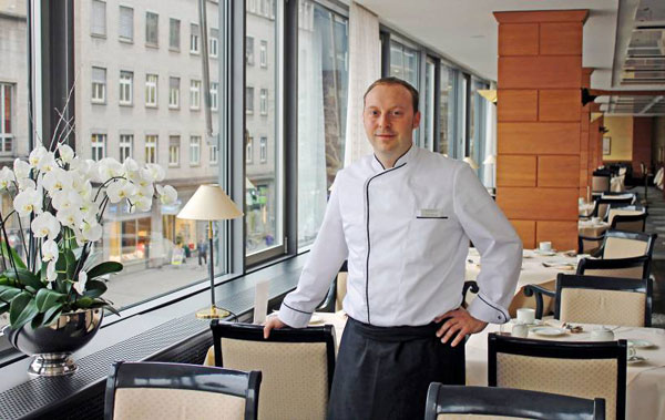 frank hartung neuer executive chef im hotel steigenberger graf zeppelin in stuttgart. Black Bedroom Furniture Sets. Home Design Ideas