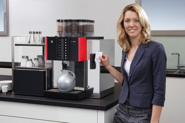 selbstbedienungs kaffeemaschine wmf 1800 s vereint. Black Bedroom Furniture Sets. Home Design Ideas