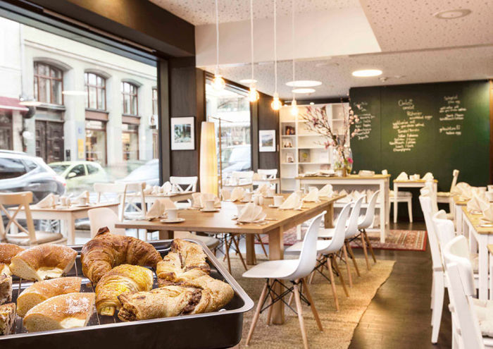 derag livinghotel viktualienmarkt er ffnet breakfast club. Black Bedroom Furniture Sets. Home Design Ideas