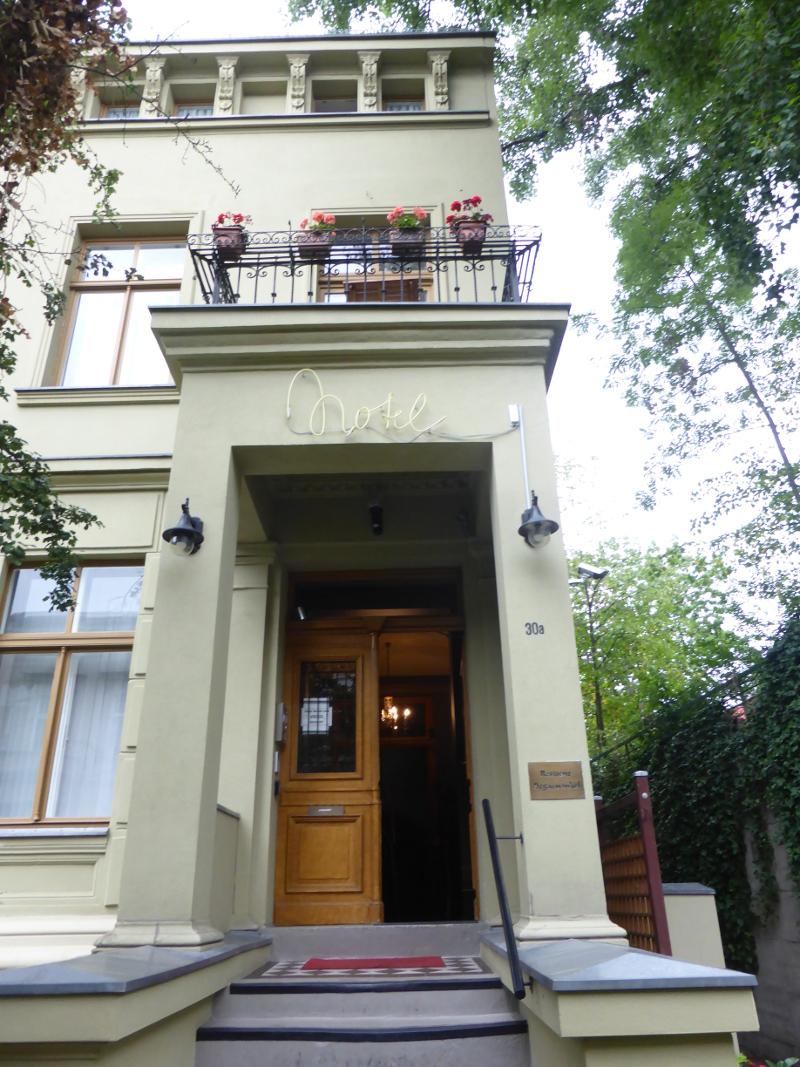 kleines hotel mit charme in berlin die residenz begaswinkel. Black Bedroom Furniture Sets. Home Design Ideas