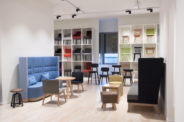 Stuhlfabrik schnieder er ffnet neuen showroom - Stuhlfabrik schnieder ...