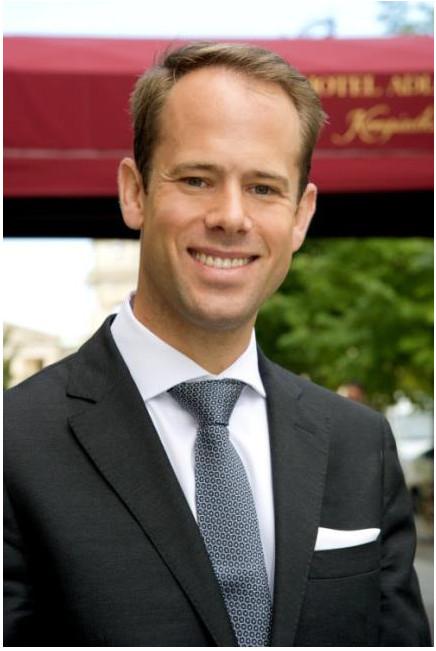 Sebastian m ller neuer f b director im hotel adlon for Art director jobs berlin