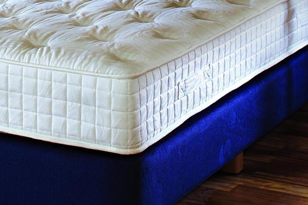 wie viel ist dem hotelier der gesunde schlaf seines gastes wert hohe matratzen immer. Black Bedroom Furniture Sets. Home Design Ideas