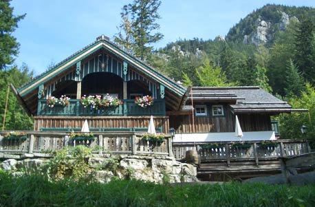 romantische h tten bernachtung in den alpen sterreich mit fondue f r 2 personen. Black Bedroom Furniture Sets. Home Design Ideas