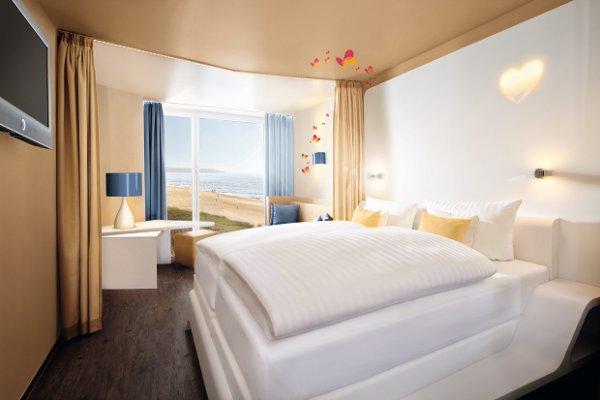 a ja resorts und nivea haus gmbh erobern neues marktsegment. Black Bedroom Furniture Sets. Home Design Ideas